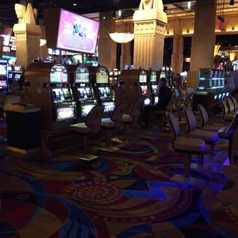 Aliante Casino Las Vegas - Tri-state Window Factory Slot